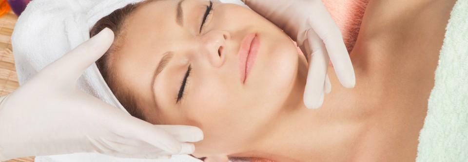 rękawiczki lateksowe w kosmetologi